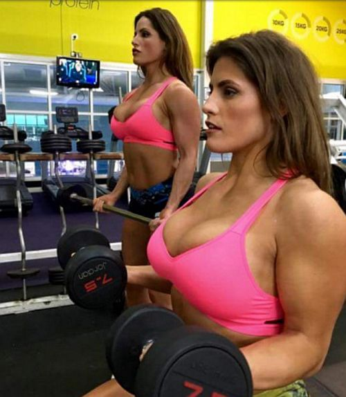 Jenny και Lucy West δίδυμες bodybuilders μοντέλα